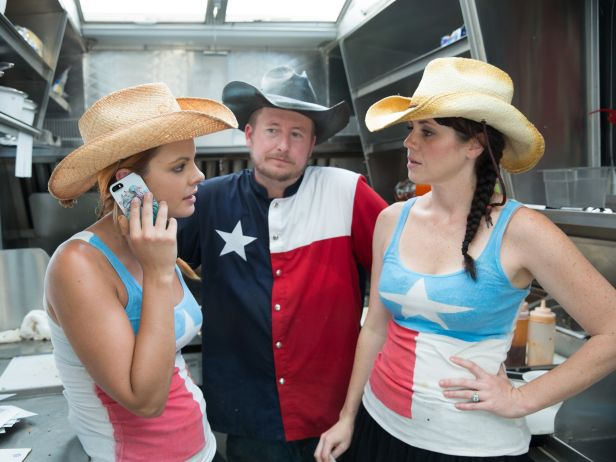 """Herb & Beet's Lance Kramer and Rachel Young were fan favorites with their teammate Andrea Chesley on Food Network's """"The Great Food Truck Race,"""" season 5. Representing Texas on the… READ MORE"""